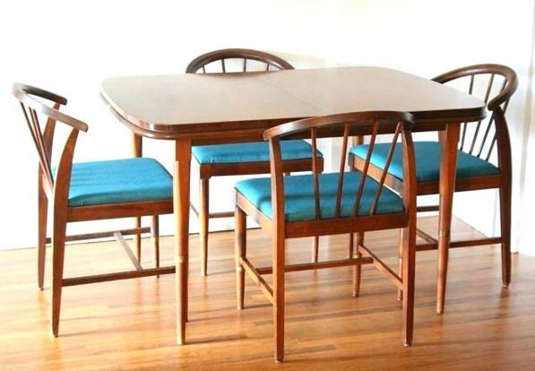 میز ناهارخوری کم جا و تاشو مناسب فضاهای کوچک