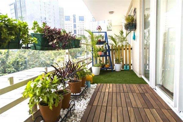 ایجاد باغ کوچک در بالکن