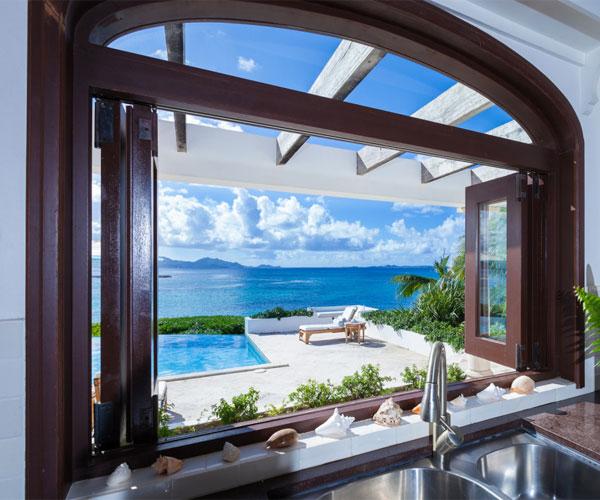 مدل پنجره برای باغ و ویلا آشپزخانه چوبی