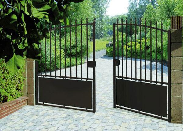 مدل درب ورودی باغ شیک و ساده آهنی