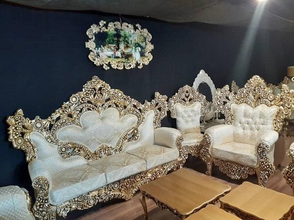 مدل مبل سلطنتی سفید با طرح گل آفتابگردان
