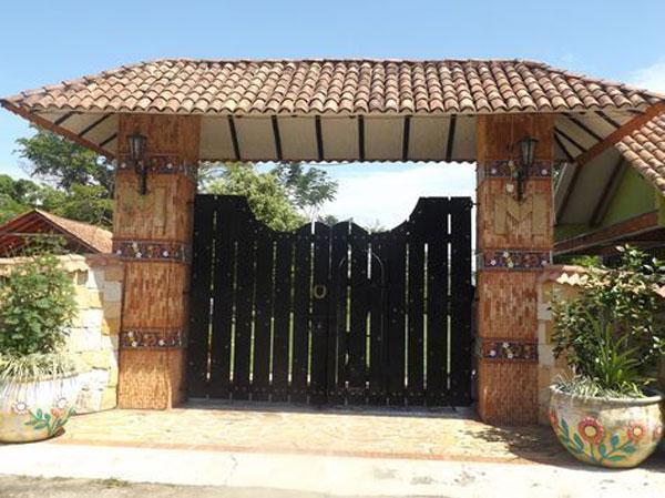 نمونه درب شیک ورودی باغ