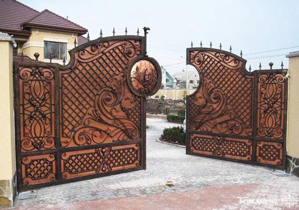 مدل درب ورودی باغ فلزی شیک
