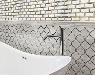 طرح کاشی کاری دیوار حمام