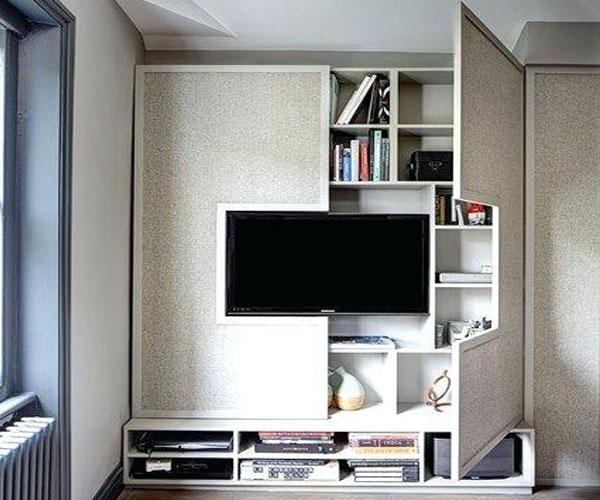 تزیین دیوار پشت تلویزیون  با ایدهی جالب در بازشو
