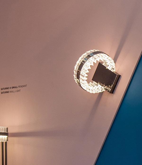 چراغ دیواری لوکس