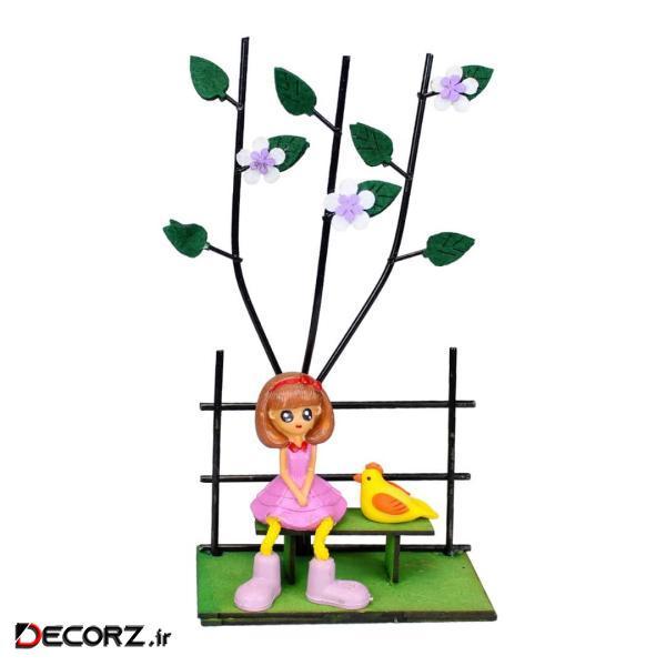مجسمه طرح دختر و پرنده روی نیمکت کد GR BRD 36